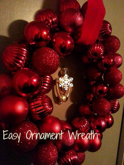 SwankyLuv: Easy Ornament Wreath